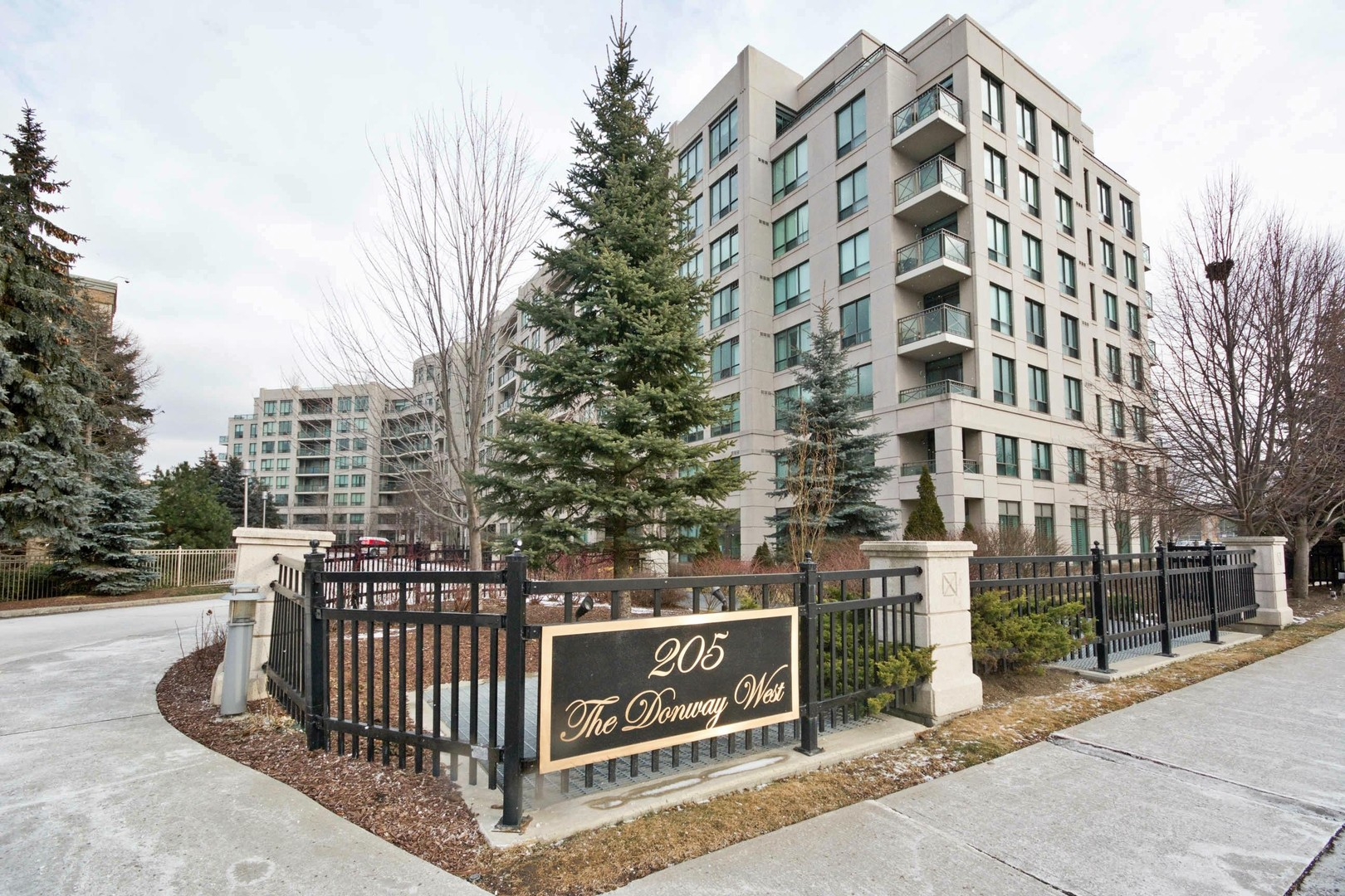 205 the donway way west 206 toronto